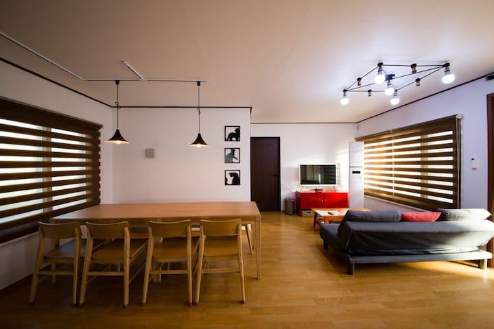 함덕해수욕장 - 대가족 펜션 30평/방3개 - Jeju-si - Haus