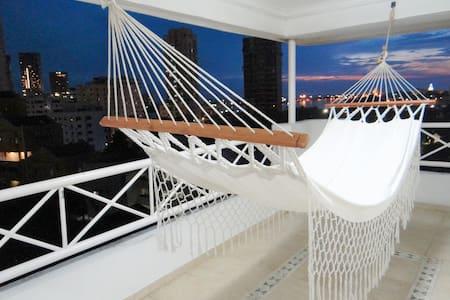 Cuarto en PentHouse duplex con vista a la bahía. 2 - Cartagena