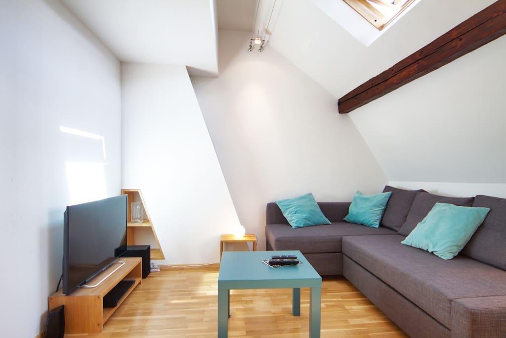tr s beau studio lille centre appartements louer lille nord pas de calais france. Black Bedroom Furniture Sets. Home Design Ideas