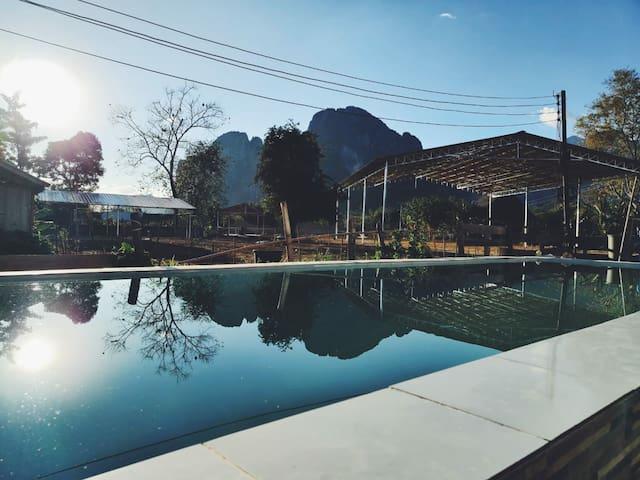 Bliss on Vang Vieng - C'est Lar Vi hostel