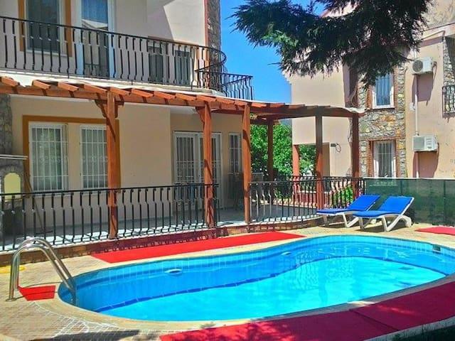 Villa Calis 3 Bedroomed 1187 - Fethiye - Huis