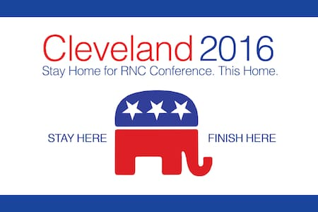CLE Suburb Home for RNC Convention - Twinsburg - Casa
