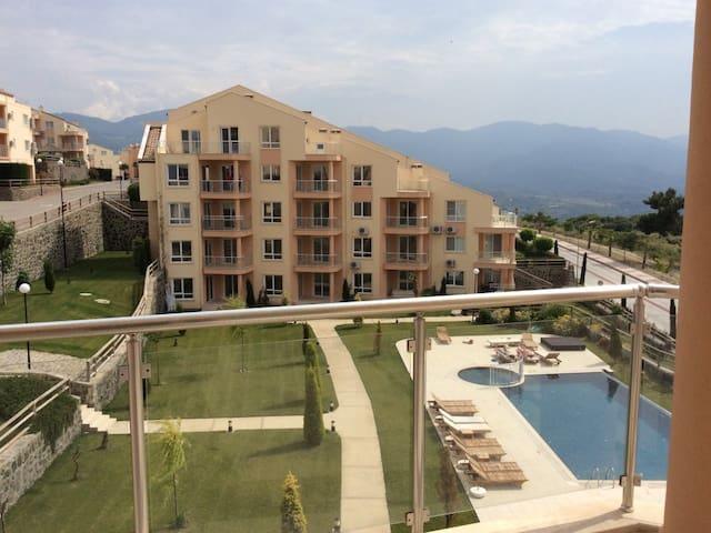 Kuşadası Golf Resort 2+1 Daire 1048 - Kuşadası - Apartmen