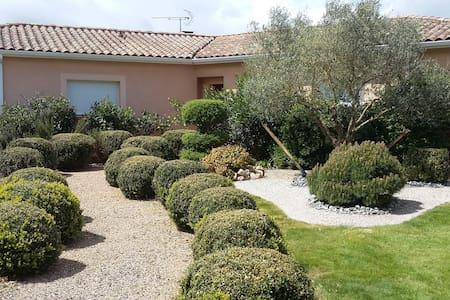 Maison à la campagne aux portes d'Albi - Lautrec - Huis