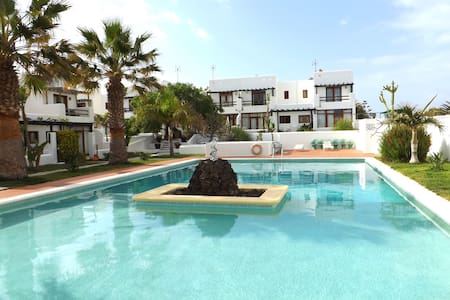 Peaceful Duplex in coastal village - Charco del Palo