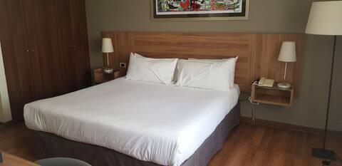 Habitación Hotel 25 por ciento dcto más de 2 meses