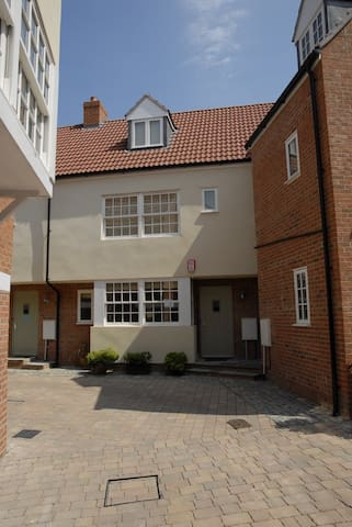 3 Bed Townhouse in Historic Wells - Wells - Casa