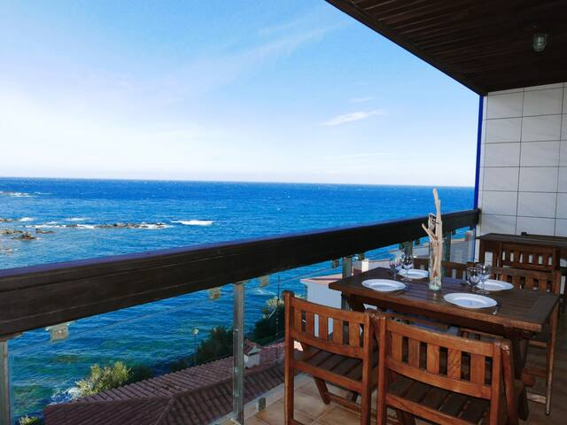 108 Rent Spectacular Apartment sea views next to the beach with terrace