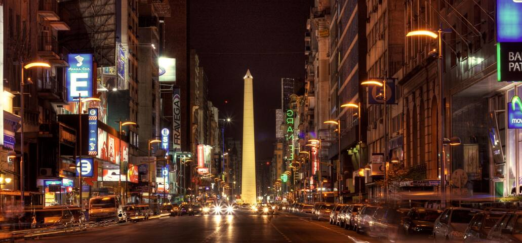 2 blocks away: Av. Corrientes with its 24 hs nightlife.