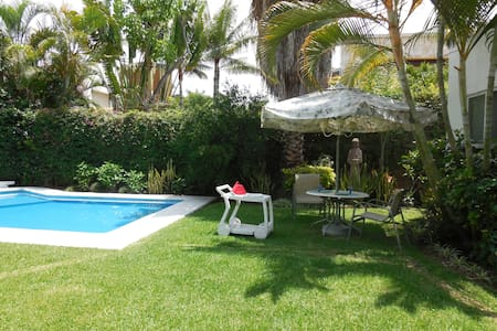 Charming Home in Elegant Gated Area - Jiutepec