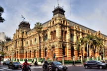 3 blocks away: Palacio de Aguas Corrientes.