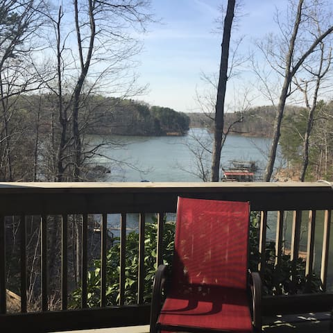 Lake Lanier Getaway - Gainesville - Apartment