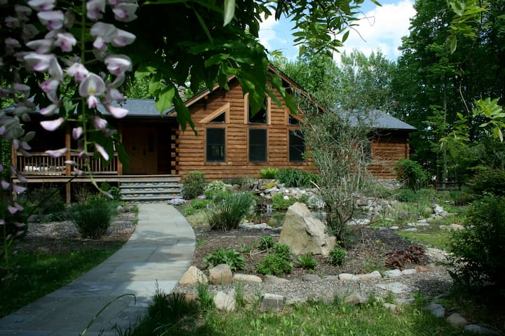 Beautiful Log Home in New Paltz, NY - New Paltz - 獨棟