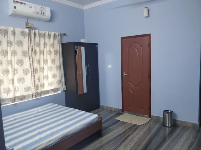 2 bedroom house in Calicut