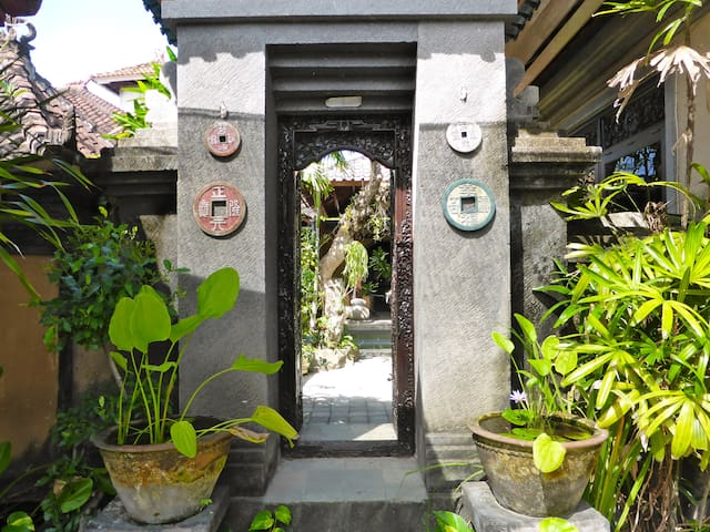 Bali, Sanur, Lovely Balinese House
