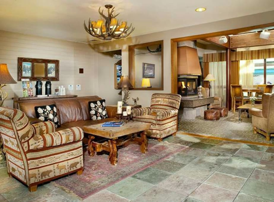 Lobby area for gatherings and complimentary hot drinks. Front Desk service, games, and DVDs