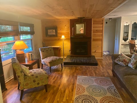 Greenwood Lodging and Retreat- Hunters Welcome!