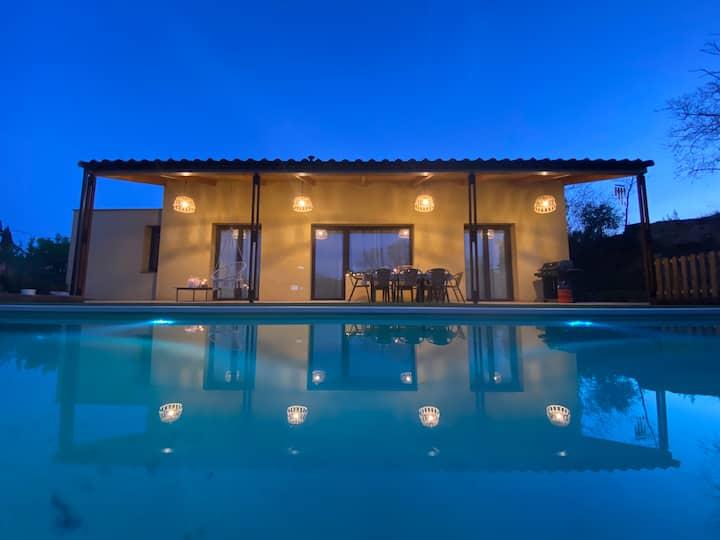 Villa  Ullastret con piscina Costa Brava