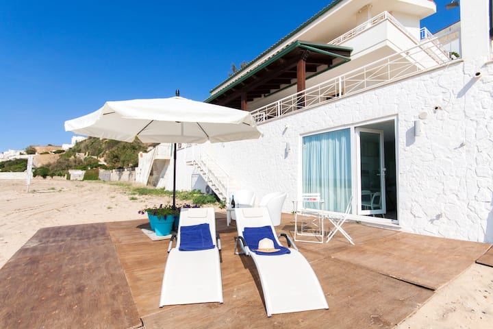 Apartment with one bedroom in Piano di Trappeto, with wonderful sea view, furnished terrace and WiFi
