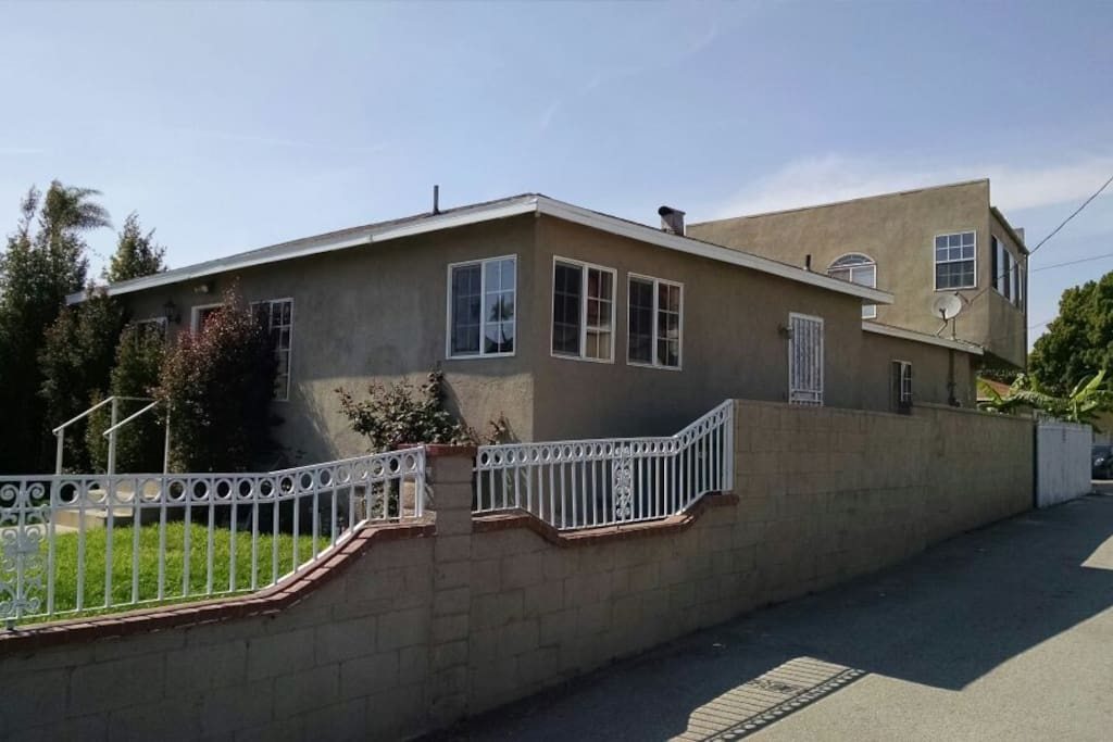 Clubhouse feel 4 bedroom sleeps 10 and up to 12 houses - 3 bedroom houses for rent in los angeles ca ...