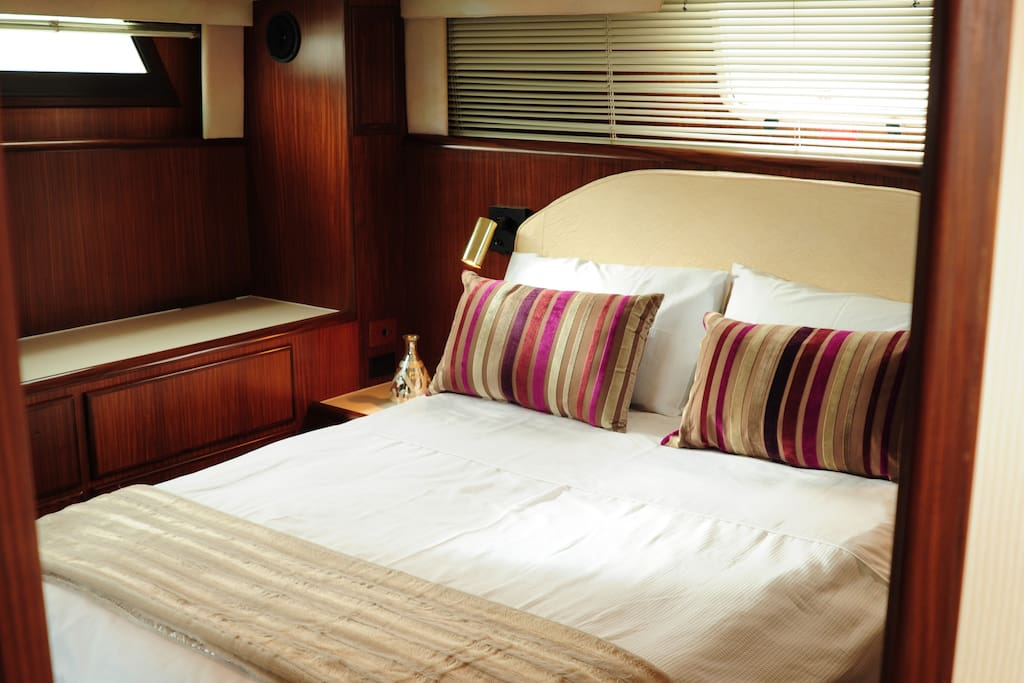 very spacious aft cabin with king size bed with en suite