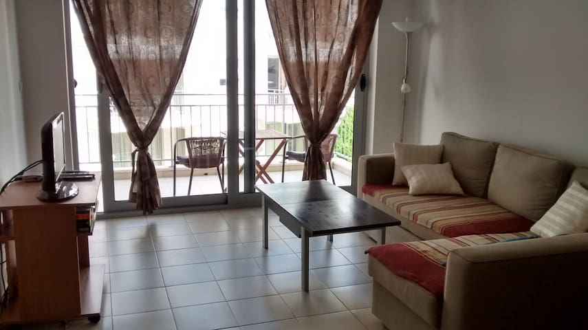 2-bed apartment with shared pool - Petrovac