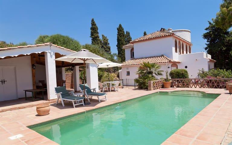 Estepona Villa with Pool COLINA