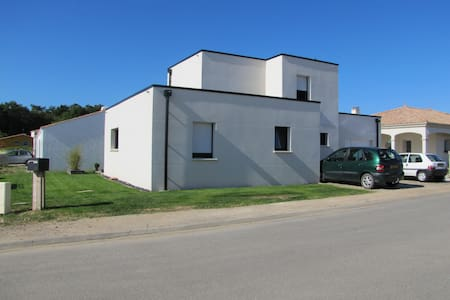 maison contemporaine - Saint-Vincent-sur-Jard - Hus