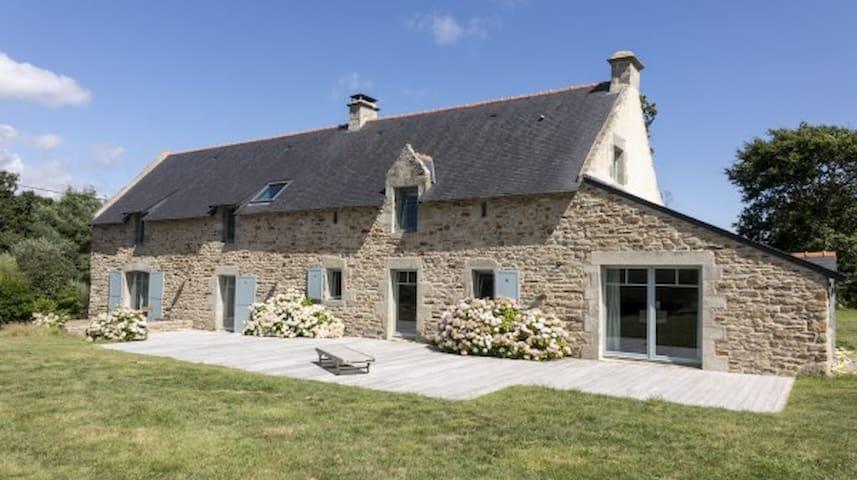 Charming flat in beautifully renovated farm