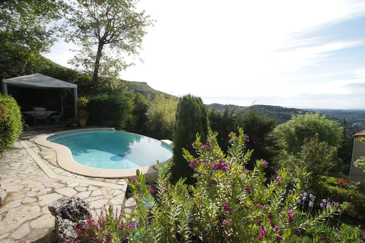 Beautiful villa South of France panoramic views