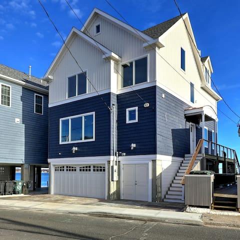 Newly Built Beach House Getaway