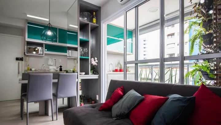 Alugo  apartamento individual confortável
