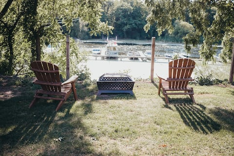 The Lake House on the Oak Orchard