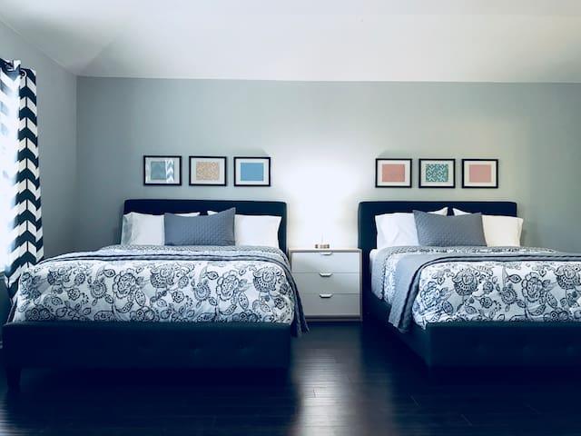 **CLOSE TO EVERYTHING** comfy, spacious SA home!