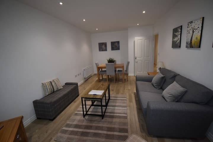 Shortletting by Centro Apartments - Campbell Sq MK - B2
