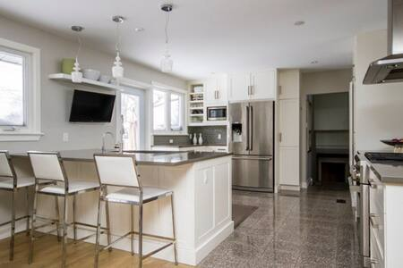 Bright/spacious and central. - Ottawa - Haus