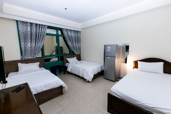 Bed For One Girl In 3-Girls Dorm For Rent in Dubai