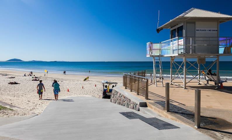 Mooloolaba Beachside Magic -Newport Apartments
