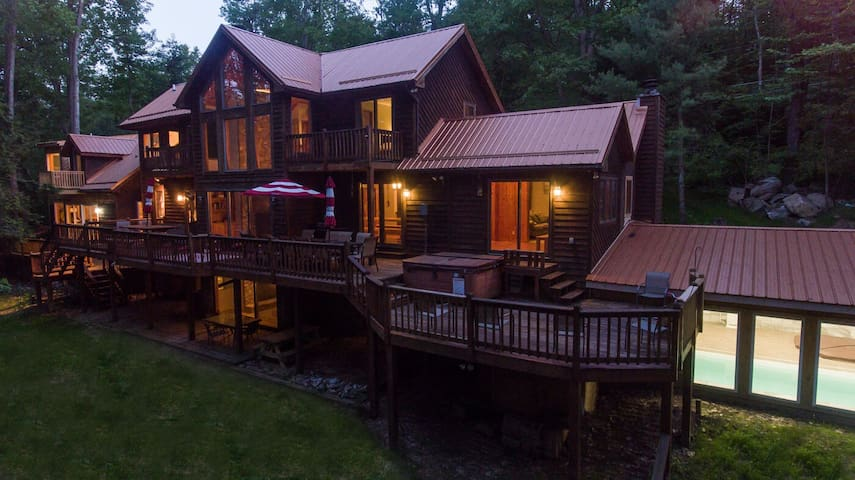Lakefront home with private dock, home theater, 2 hot tubs, and an indoor pool!