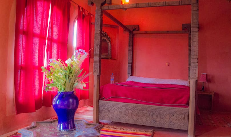 Suite rouge vue mer et golf Essaouira Mogador - Diabat - Bed & Breakfast
