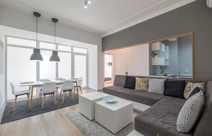 blueWave.place-Stylish 2BR Home in Center of Sofia