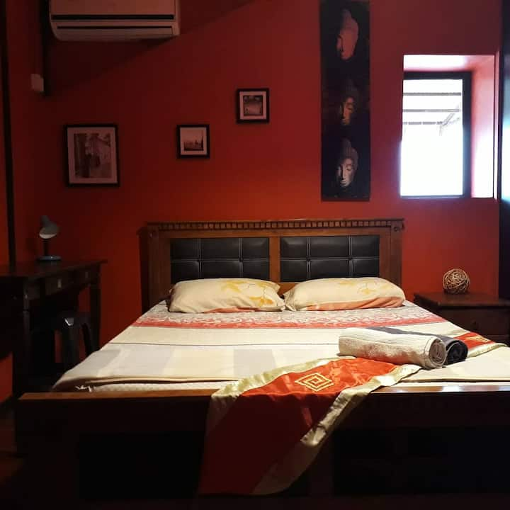 Double Room 2 at Threehouse B&B
