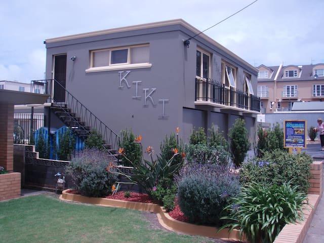 Kiki Apartments Unit 3