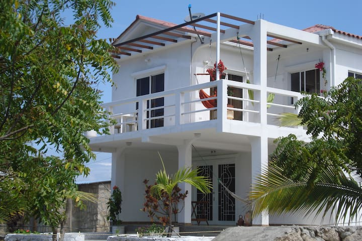 Beach house in Barandua - Santa Elena, Ecuador - 一軒家