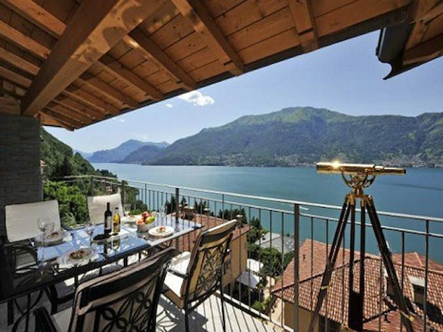 Penthouse with Superb Lake Views - Dorio - Lägenhet