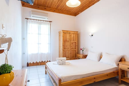 【TOP】22*Sea View*Double Room*Kitchen*WiFi*Parking! - Νέο Κλήμα
