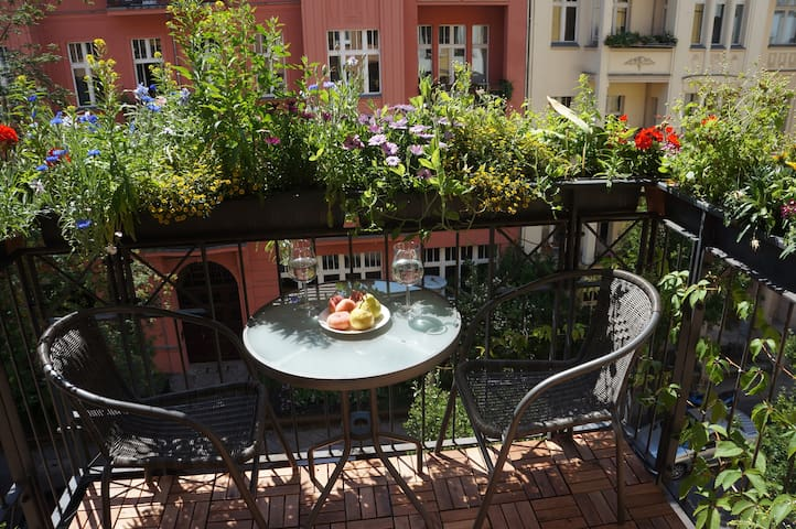 real Berlin apartment in great area