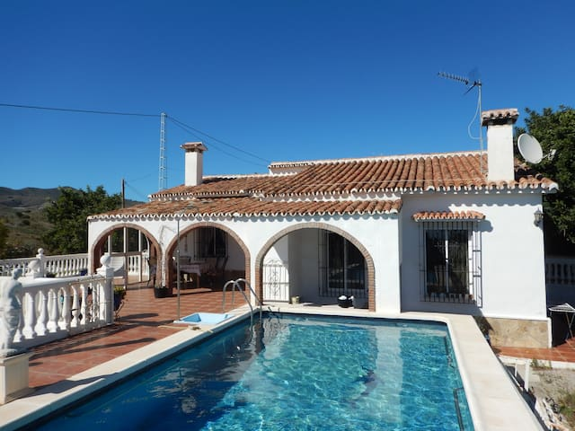 Lovely house with sea view - Vélez-Màlaga