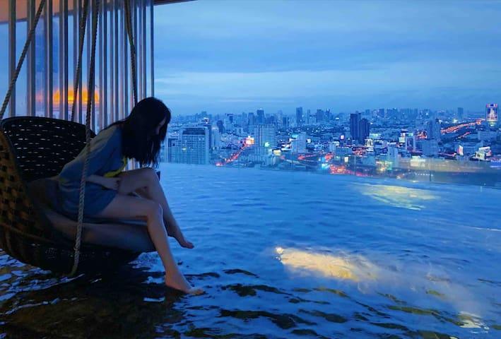 Infinity pool,DistinguishedLuxury,city center轻奢网红