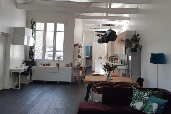 Séjour / Cuisine (2ème étage)